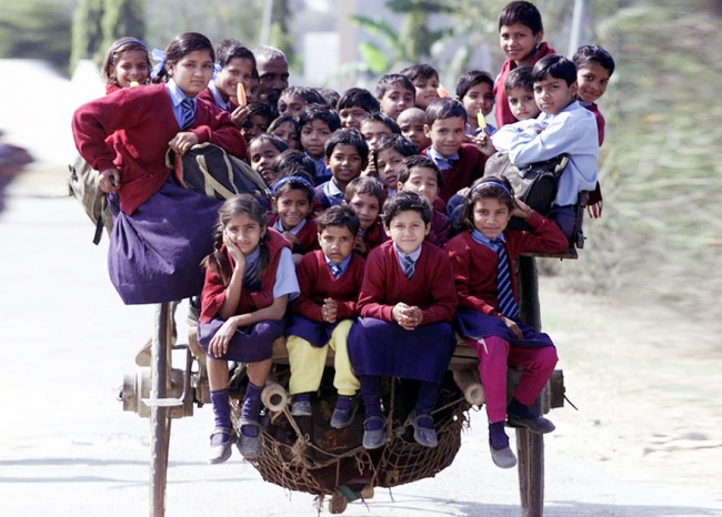282005-R3L8T8D-650-children-going-to-school-around-the-world-55