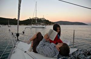 Teknede çocuk