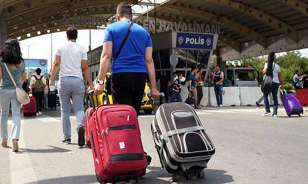 AFP, eğitimli gençlerin neden Türkiye'yi terk ettiğini araştırdı